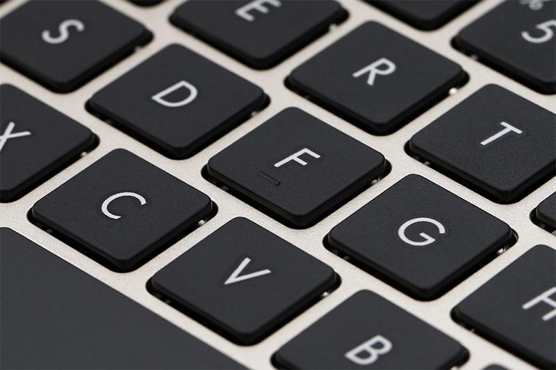 Máy tính xách tay Asus A411UA i5 8250U - Bàn phím có độ nảy tốt